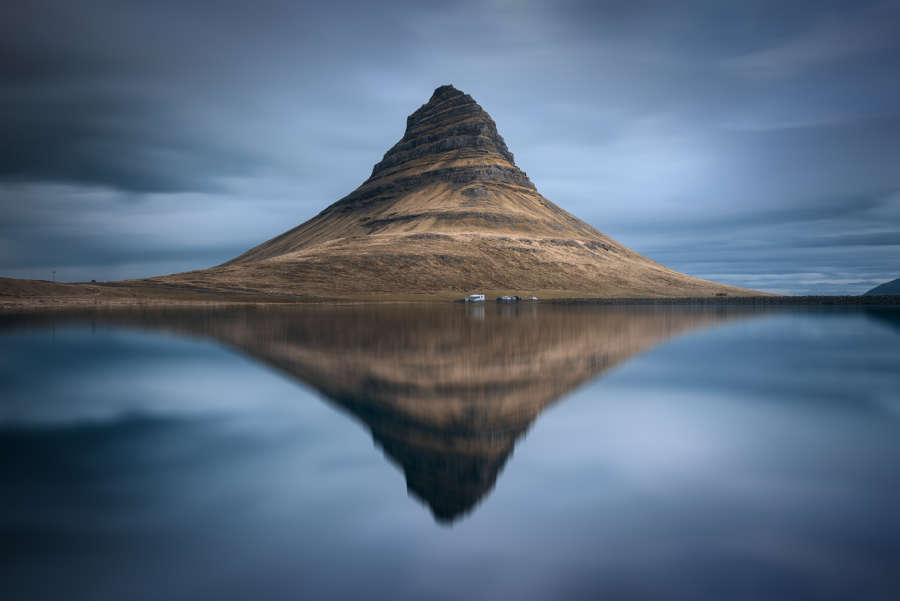Kirjkufell reflection